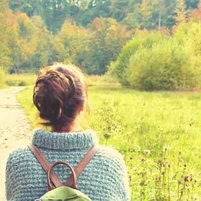 Women's Advent Devotional: Let Me Go
